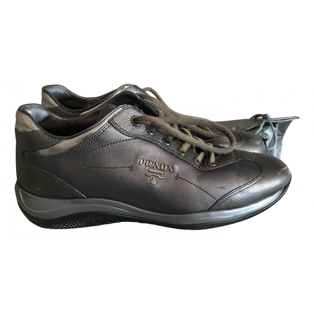 Prada \N Sneakers in  Silber Leder