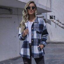 Mantel mit Taschen Klappen und Karo Muster