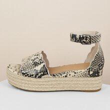 Scalloped Snakeskin Band Flatform Sandals