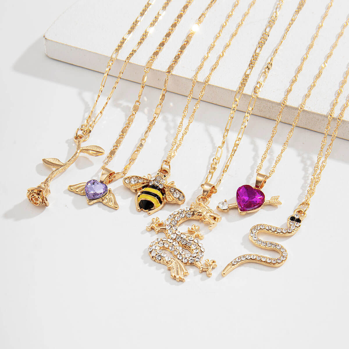 LW Lovely Retro 6-piece Gold Necklace