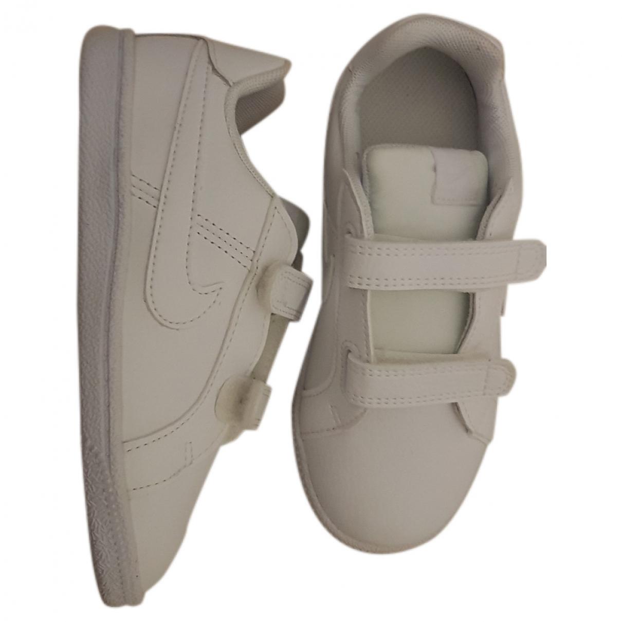 Nike \N White Leather Trainers for Kids 27 EU