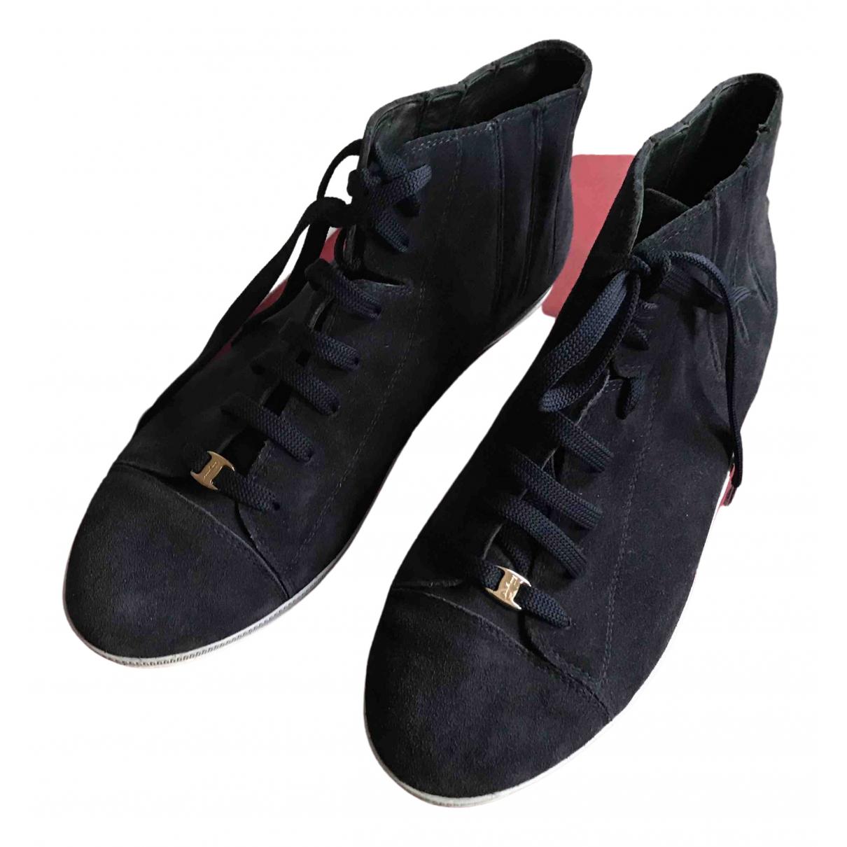 Salvatore Ferragamo \N Sneakers in  Blau Veloursleder