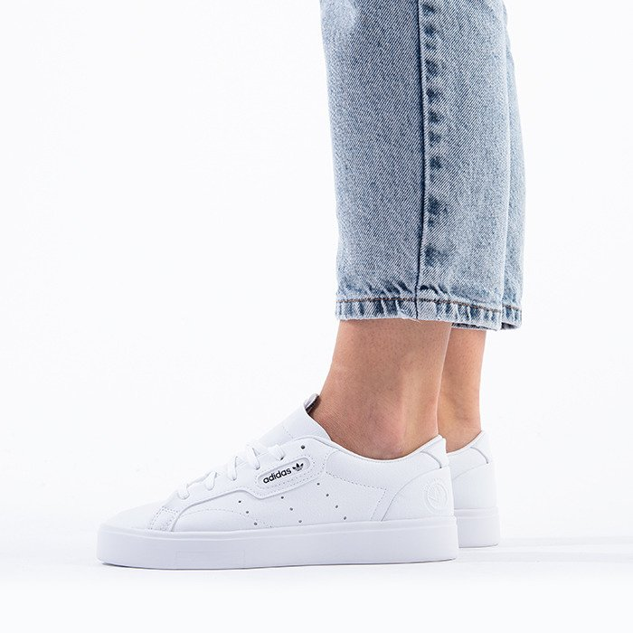 adidas Originals Sleek W Vegan FX7761