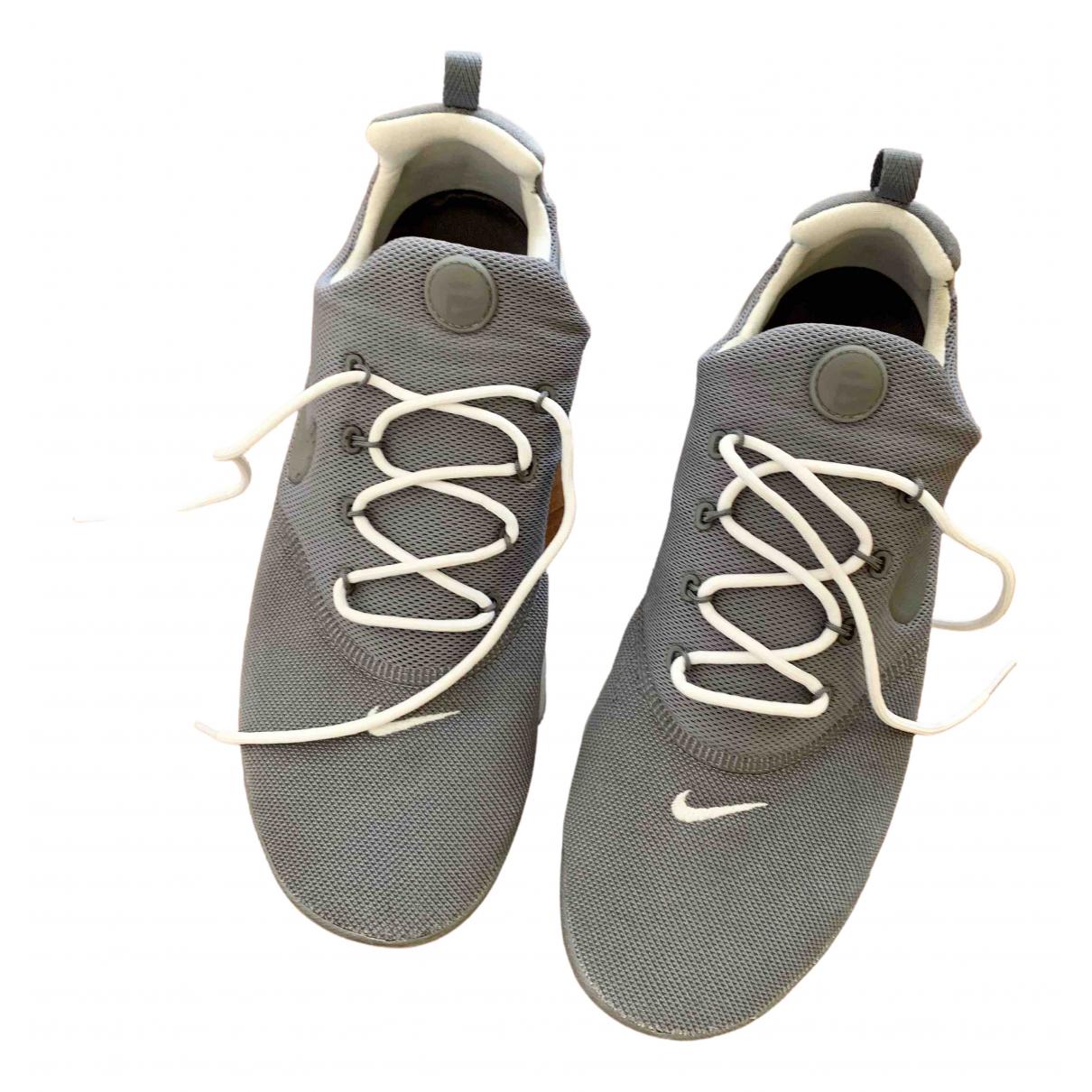 Nike \N Grey Cloth Trainers for Men 44 EU