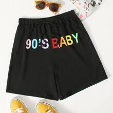 Shorts con estampado de letra de colores con nudo delantero