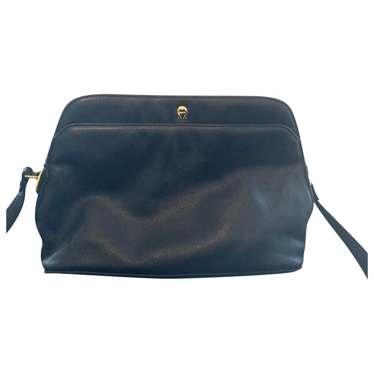 Aigner \N Handtasche in  Blau Leder