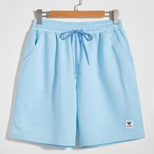 Men Patched Drawstring Waist Shorts