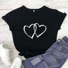 Camiseta de manga corta con estampado de doble corazon