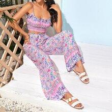 Cami Top mit Blumen Muster, Raffung und Hose mit breitem Beinschnitt
