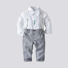 Shirt mit Schleife vorn, Flicken & Hose mit Streifen und Traeger
