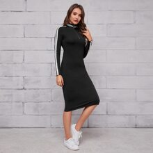Kleid mit O-Ring, Reissverschluss und Streifen