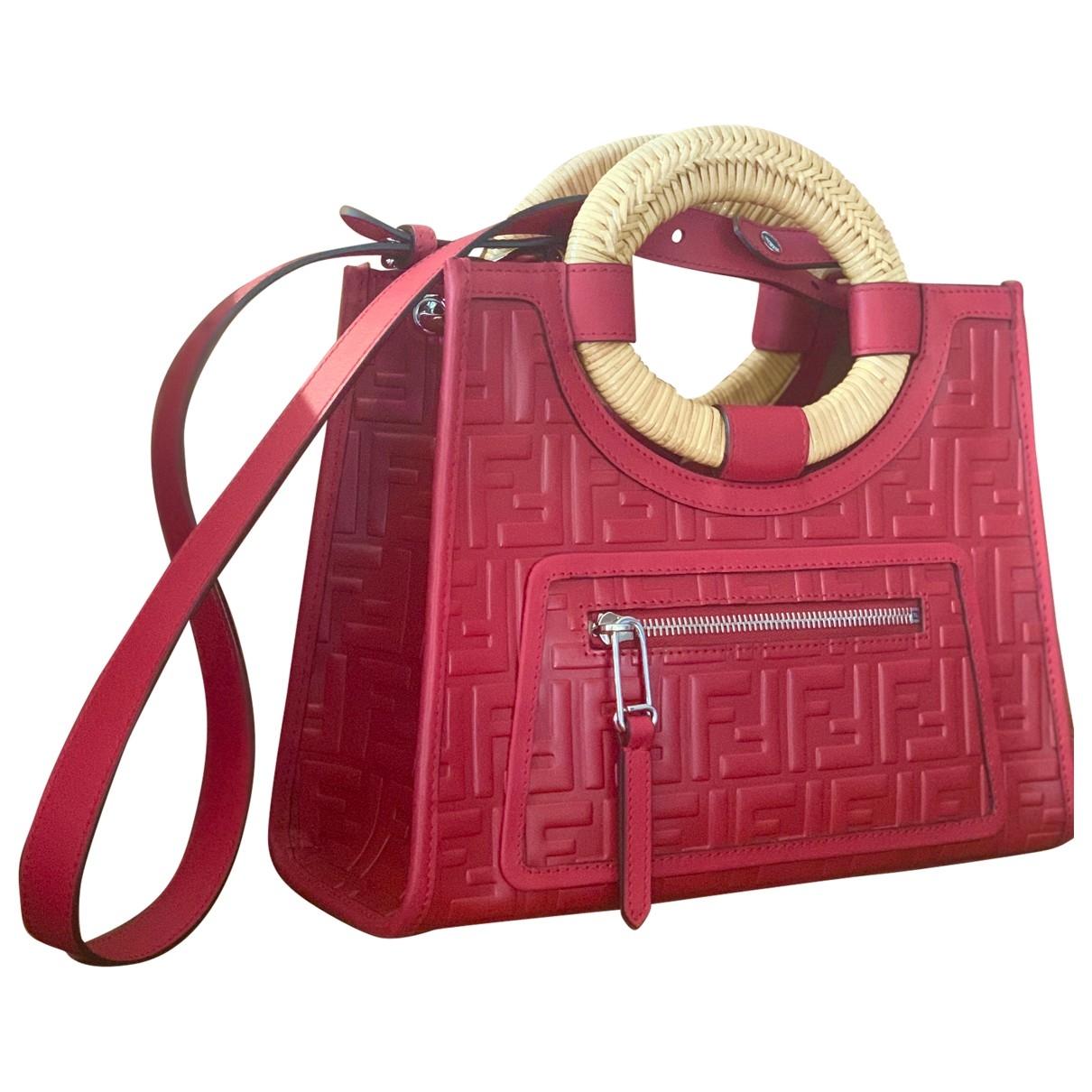 Fendi Runaway Shopping Red Leather handbag for Women \N