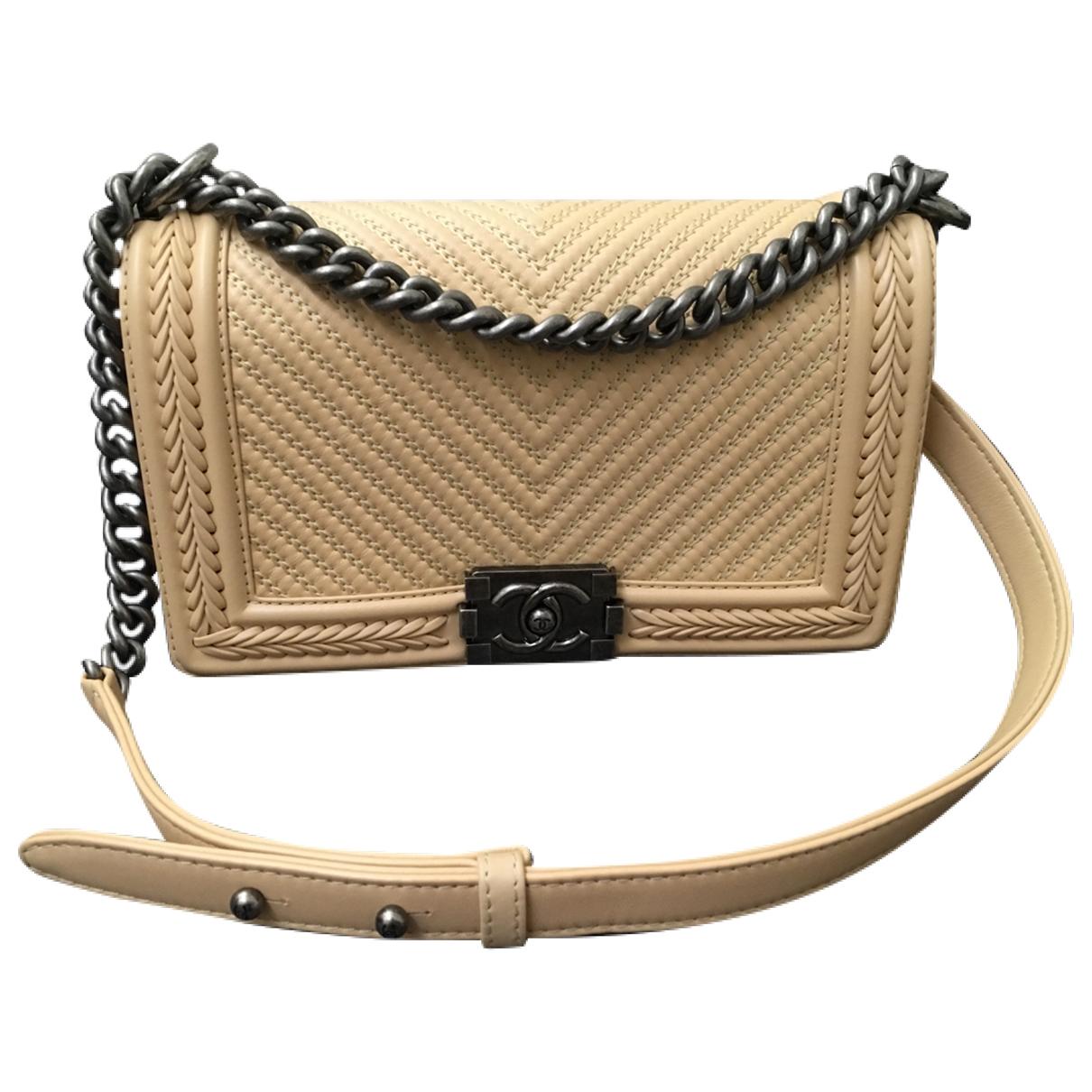 Chanel Boy Handtasche in  Beige Leder