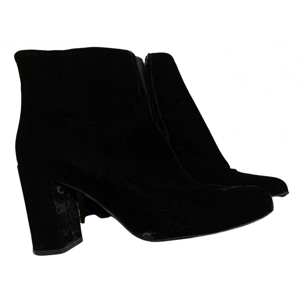 Saint Laurent \N Black Velvet Boots for Women 38 EU