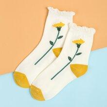 Flower Pattern Socks