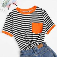 Ringer T-Shirt mit Streifen und Tasche Flicken