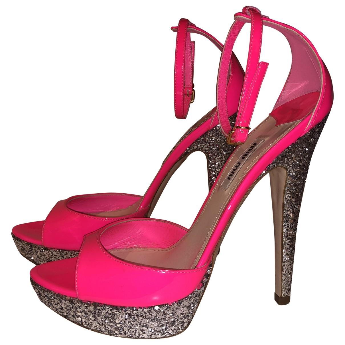Miu Miu - Sandales   pour femme en cuir verni - rose
