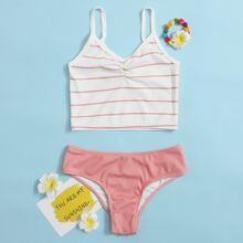 Gerippter Bikini Badeanzug mit Streifen und Ruesche