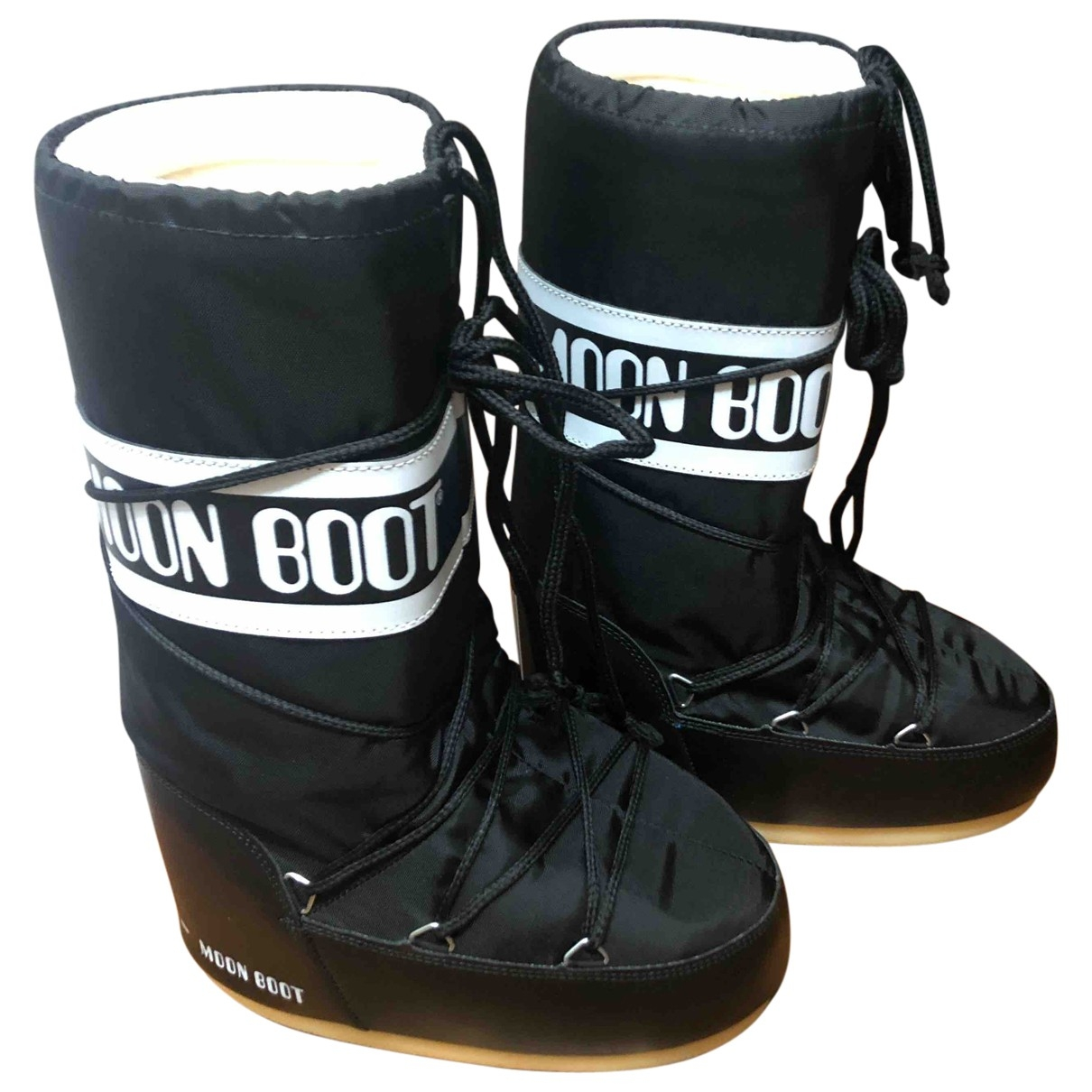 Moon Boot \N Black Cloth Boots for Women 37 EU