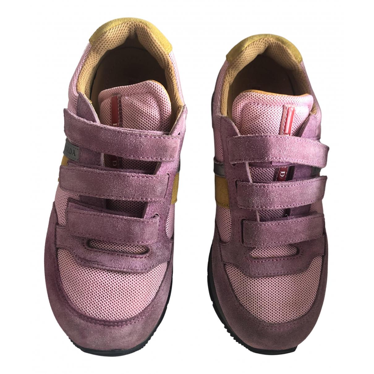 Prada \N Sneakers in  Rosa Veloursleder
