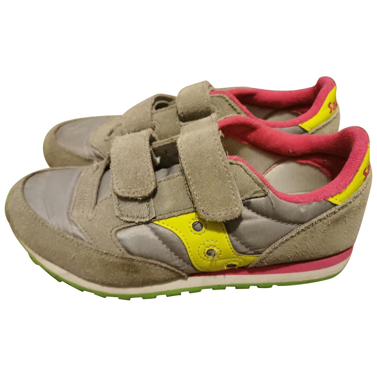 Saucony \N Sneakers in  Grau Veloursleder
