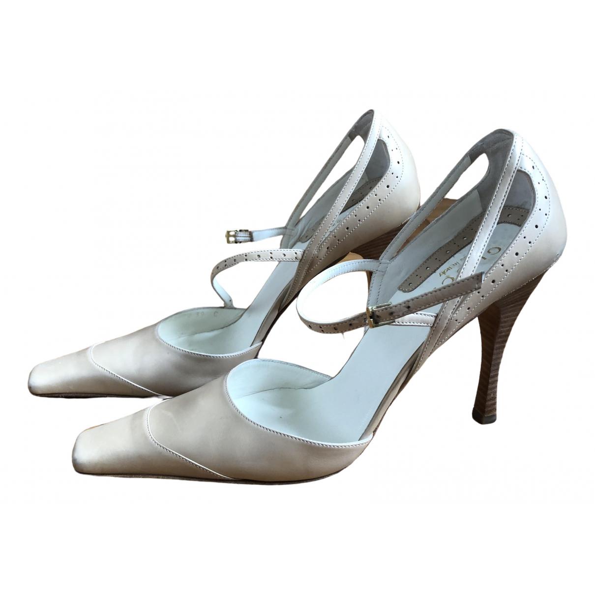 Gucci \N Beige Leather Heels for Women 39 IT