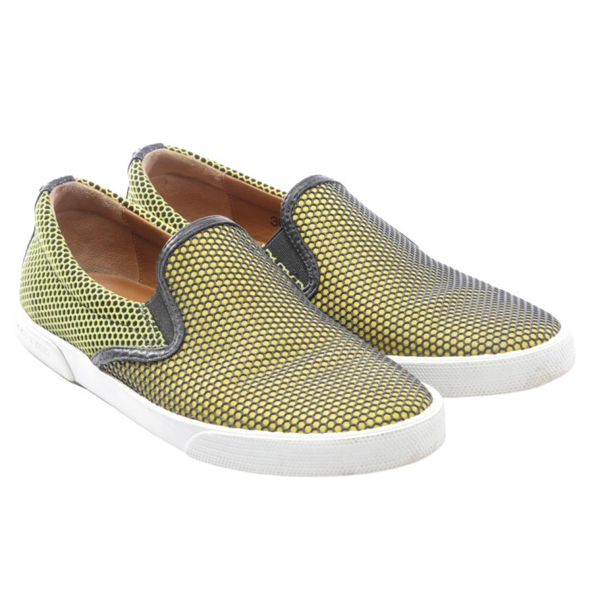 Jimmy Choo \N Sneakers in  Gelb Leder