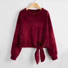 Strick Pullover mit sehr tief angesetzter Schulterpartie und Knoten vorn