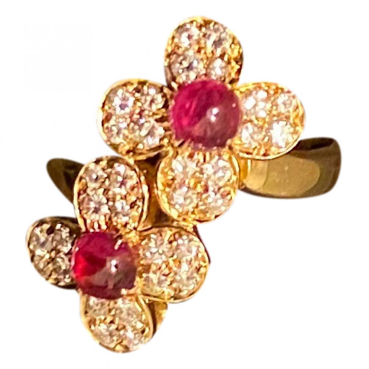 Van Cleef & Arpels - Bague Fleurs pour femme en or jaune - bordeaux