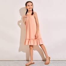 Kleid mit Raffungsaum, Rueschenbesatz und Applikation