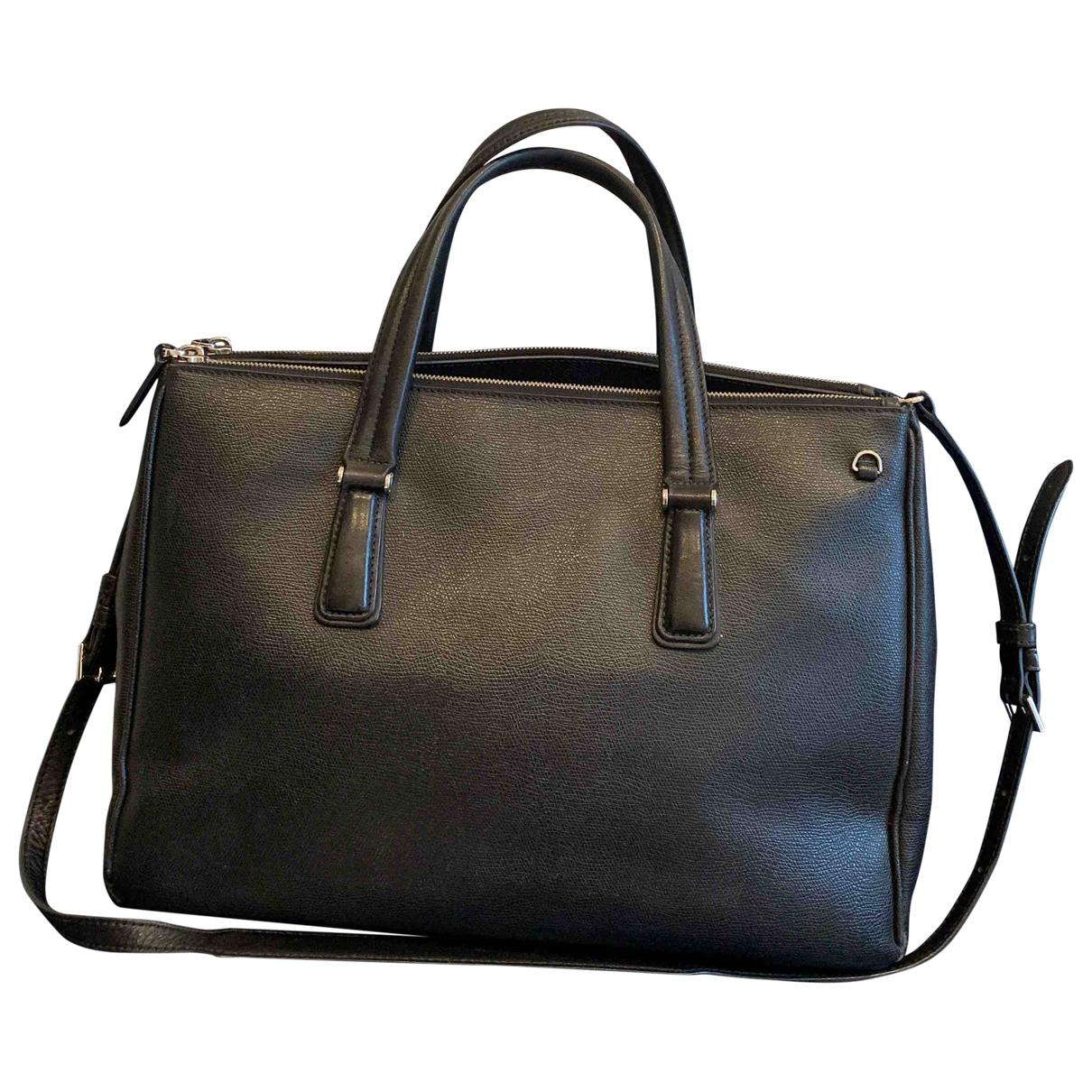 Tumi N Black Leather handbag for Women N