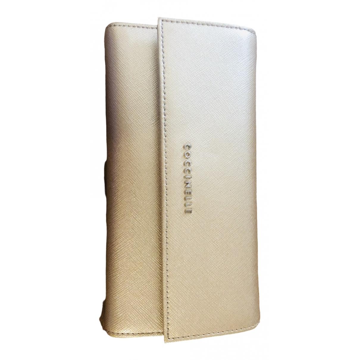 Coccinelle \N Portemonnaie in  Gold Leder