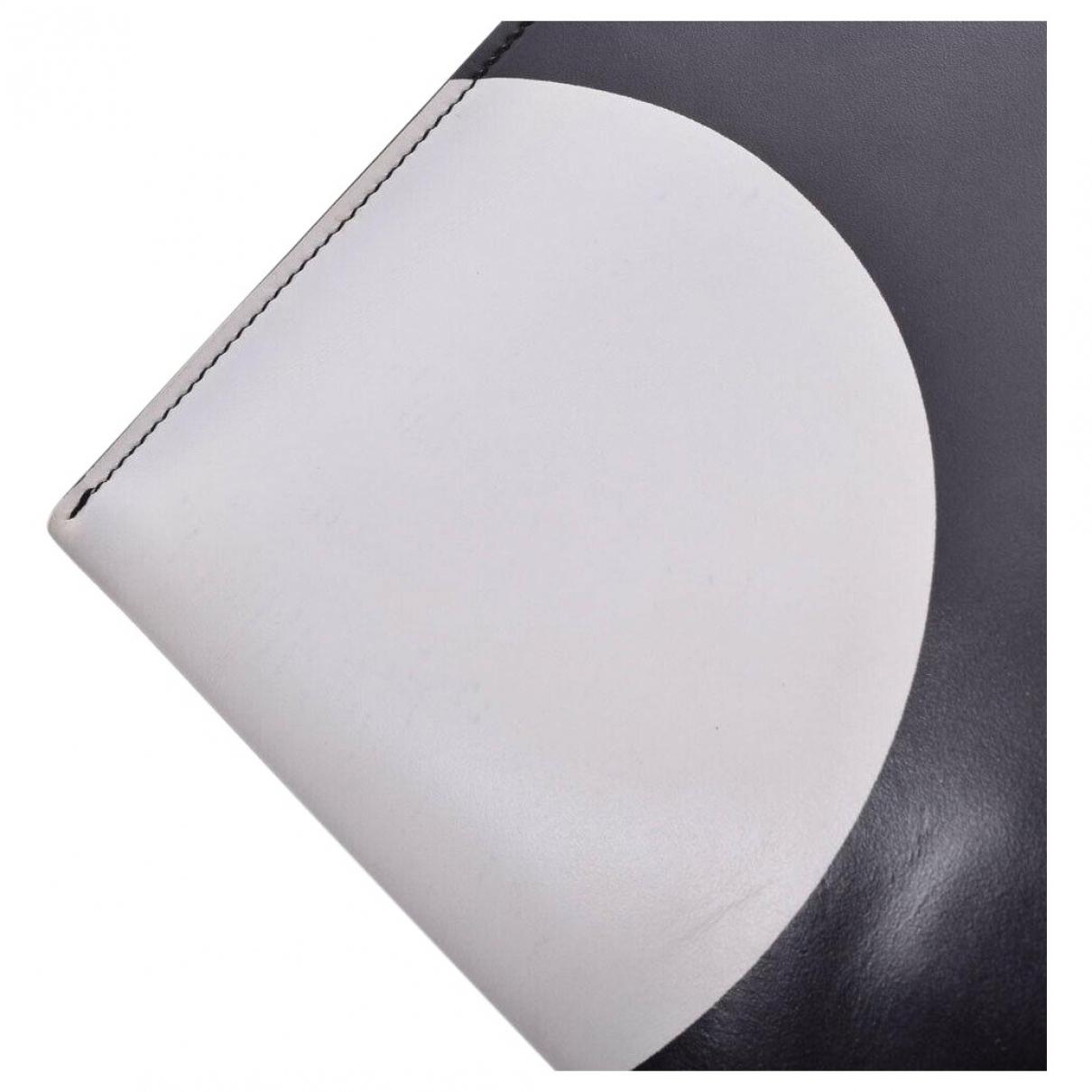 Saint Laurent \N Black Cloth handbag for Women \N