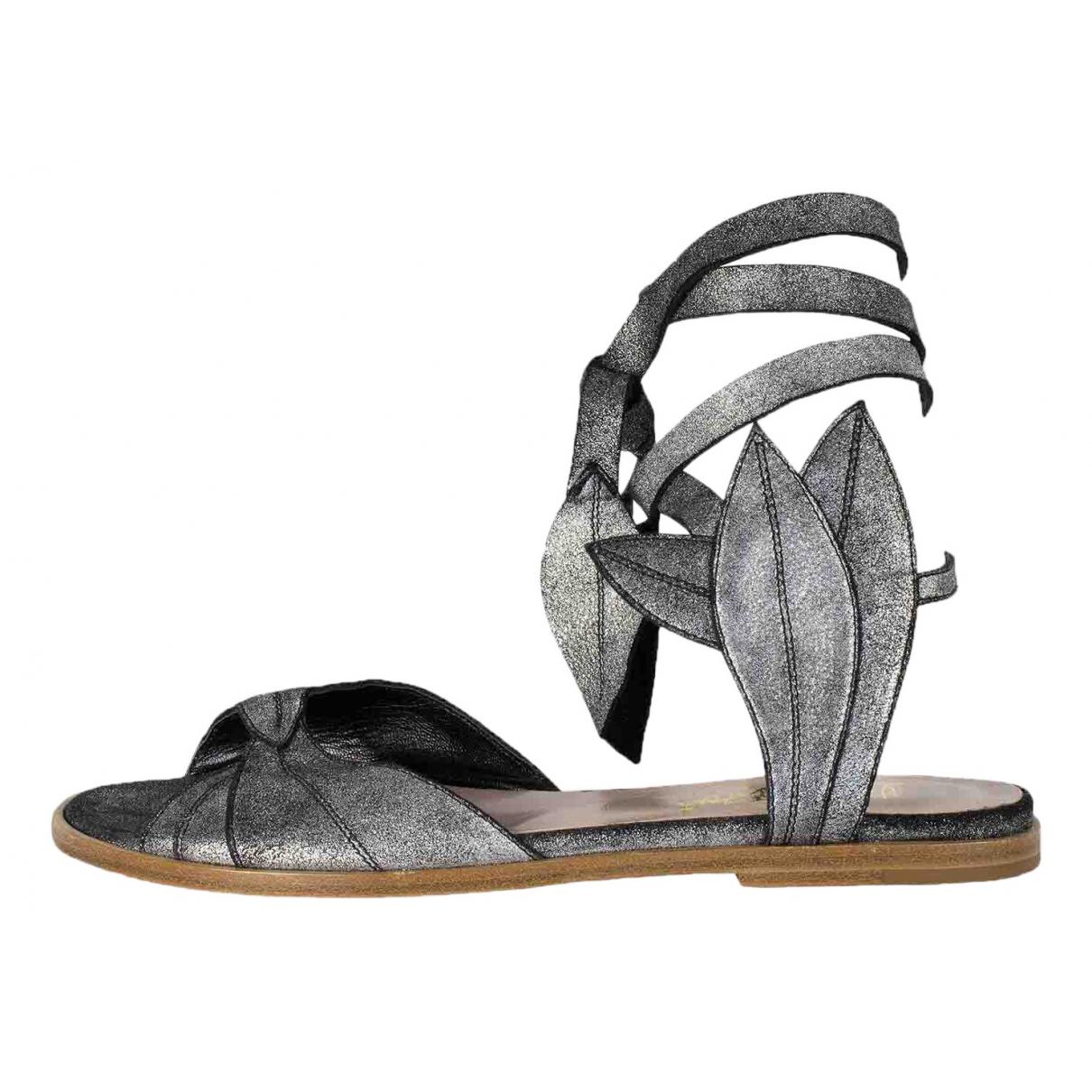 Vivienne Westwood \N Sandalen in  Silber Veloursleder