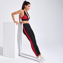 Zweifarbiger Sports BH mit tiefem Ausschnitt & Leggings