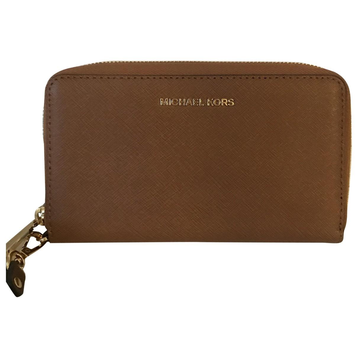 Michael Kors \N Brown Leather Clutch bag for Women \N
