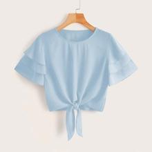 Einfarbige Bluse mit mehrschichtigen Ärmeln und Knoten