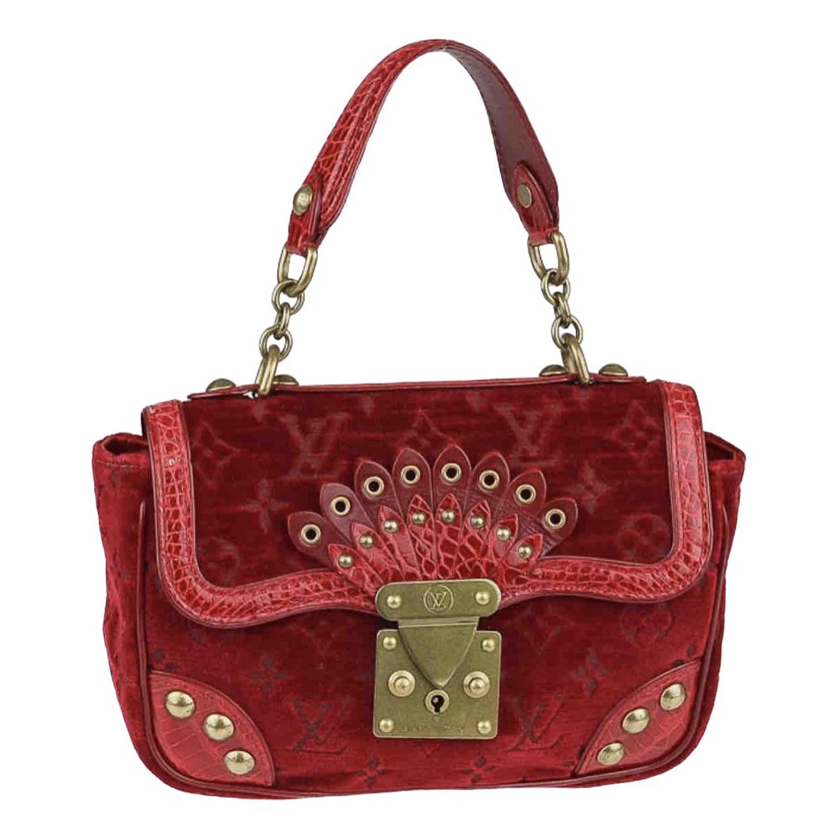 Louis Vuitton \N Red Velvet handbag for Women \N