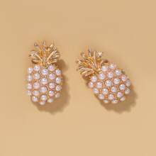 Pearl Decor Pineapple Stud Earrings