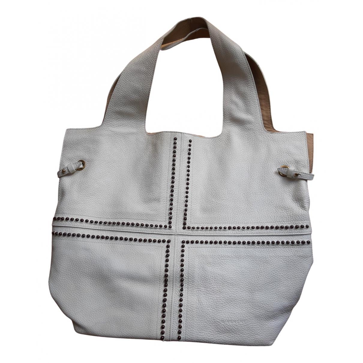 Givenchy Georges V Handtasche in  Weiss Leder