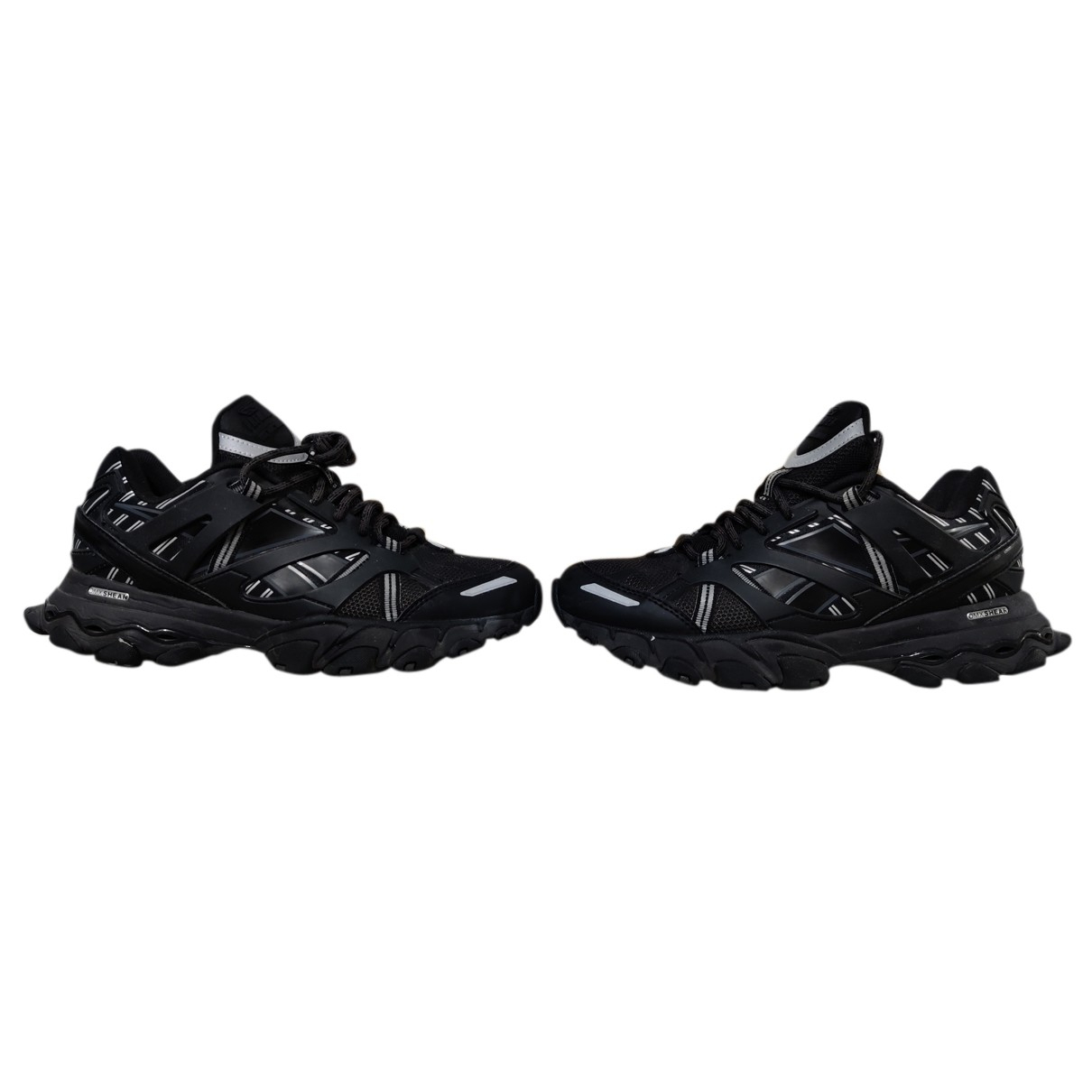 Reebok N Black Cloth Trainers for Women 6 US