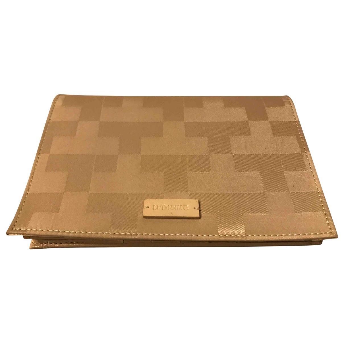 Le Tanneur \N Beige Cloth wallet for Women \N