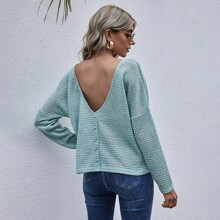 Solid V-back Button Top