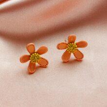 Maedchen Ohrringe mit Blumen Design