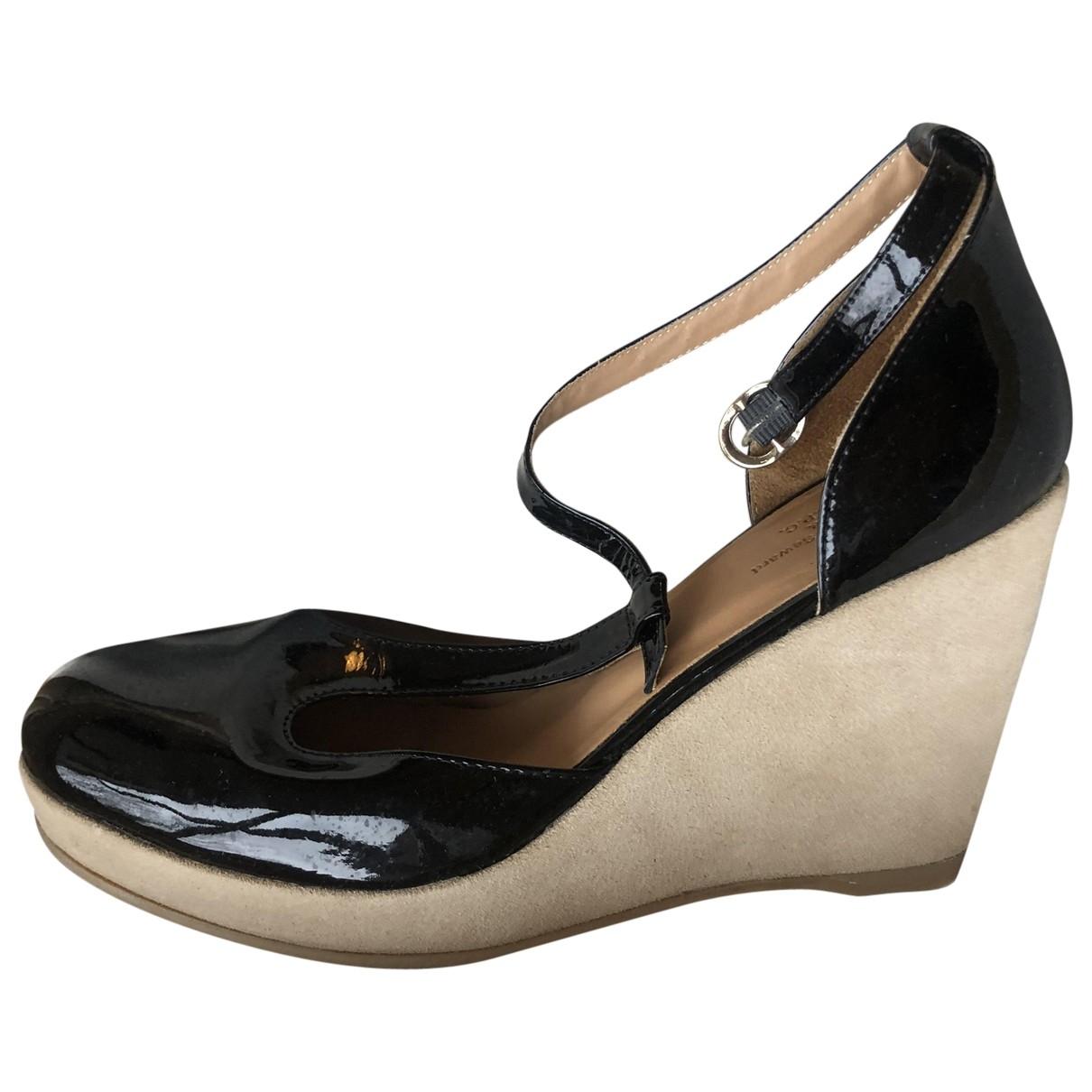 Apc - Sandales   pour femme en cuir verni - noir