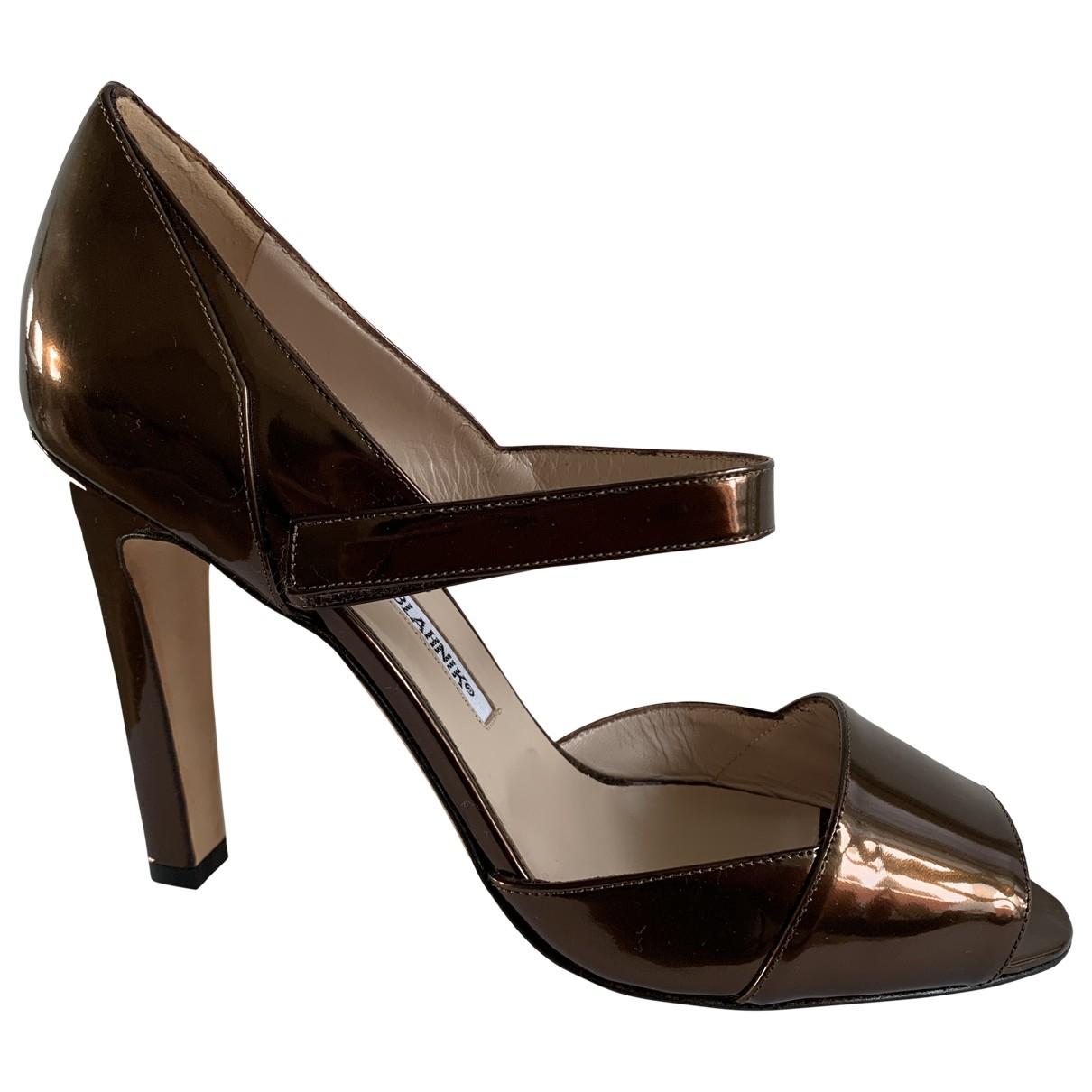 Manolo Blahnik \N Metallic Patent leather Heels for Women 38 EU