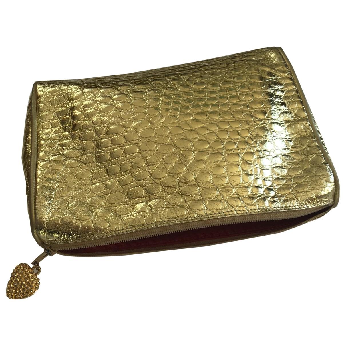 Yves Saint Laurent \N Clutch in  Gold Leder