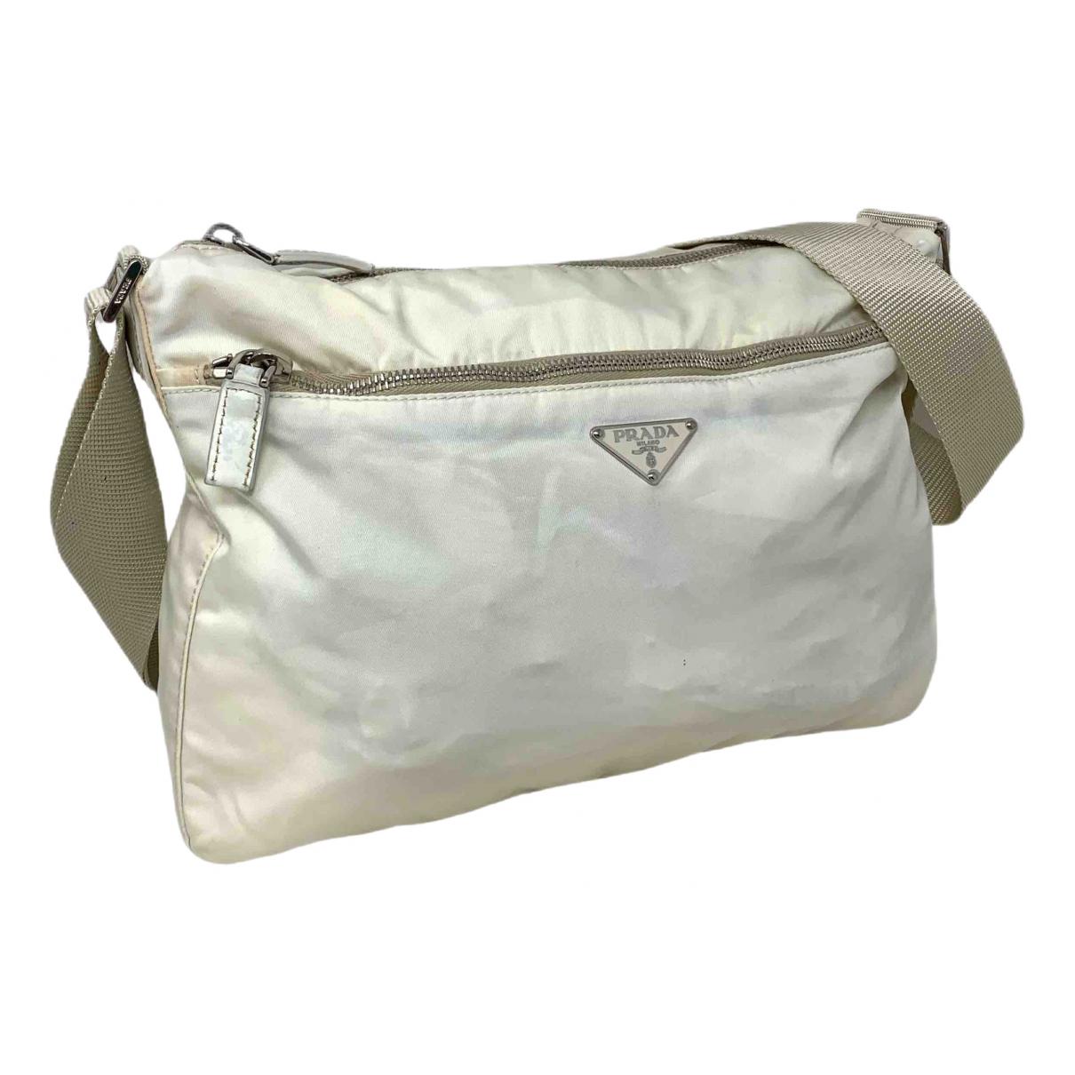Prada \N Handtasche in  Weiss Leinen