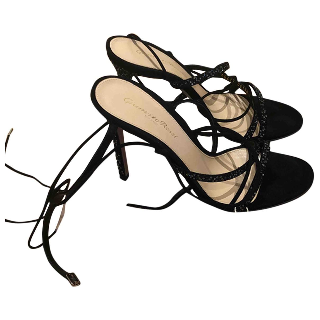 Gianvito Rossi \N Black Suede Sandals for Women 38 EU