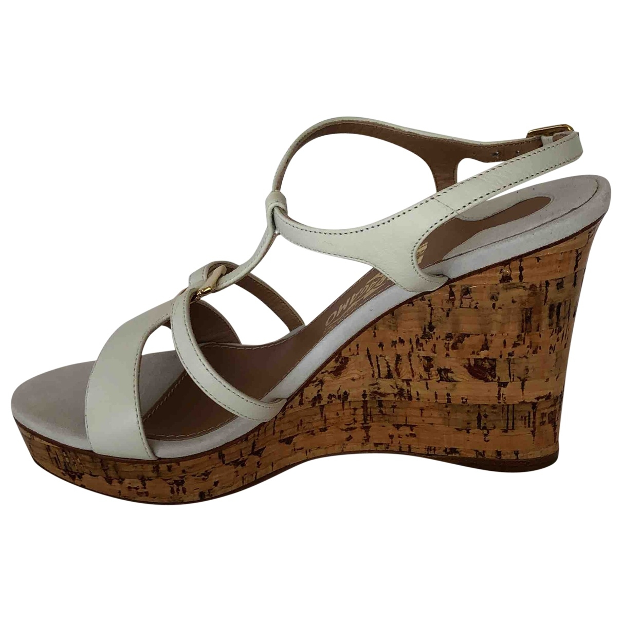 Salvatore Ferragamo \N White Leather Sandals for Women 6 US
